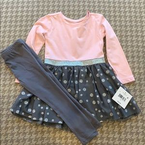NWT outfit tulle skirt attached to top with leggin